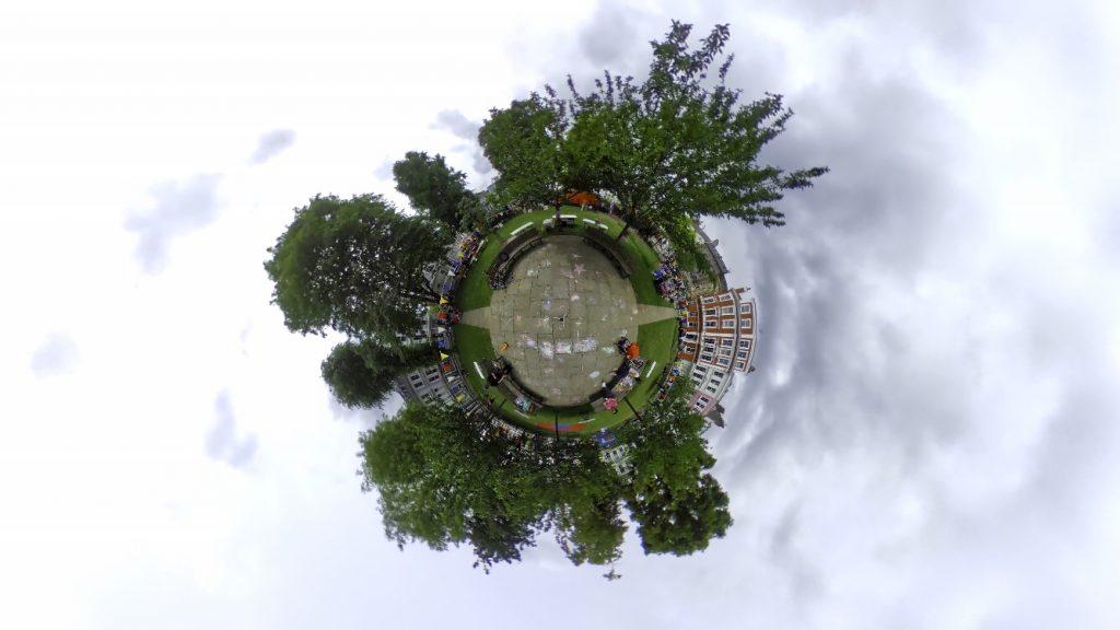 london-primrose-hill-party-chalcot-square-little-planet